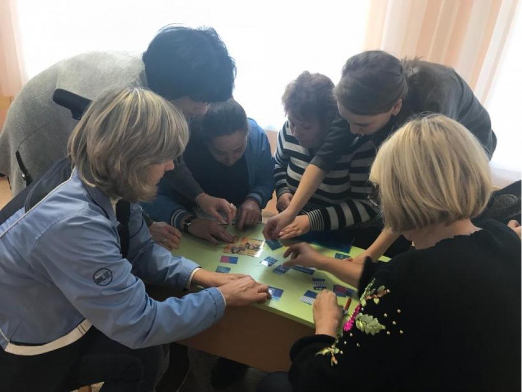 Методический час «Профессиональное становление  педагогов как средство повышения качества дошкольного образования»